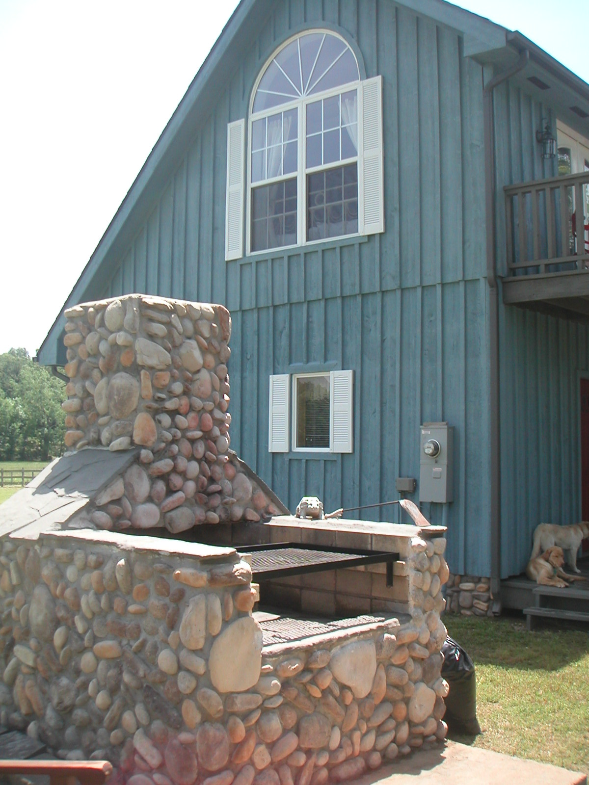 Ruby S Landing Cottage Overlooking The White River Across